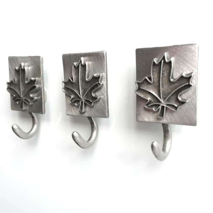 Maple leaf magnetic hook