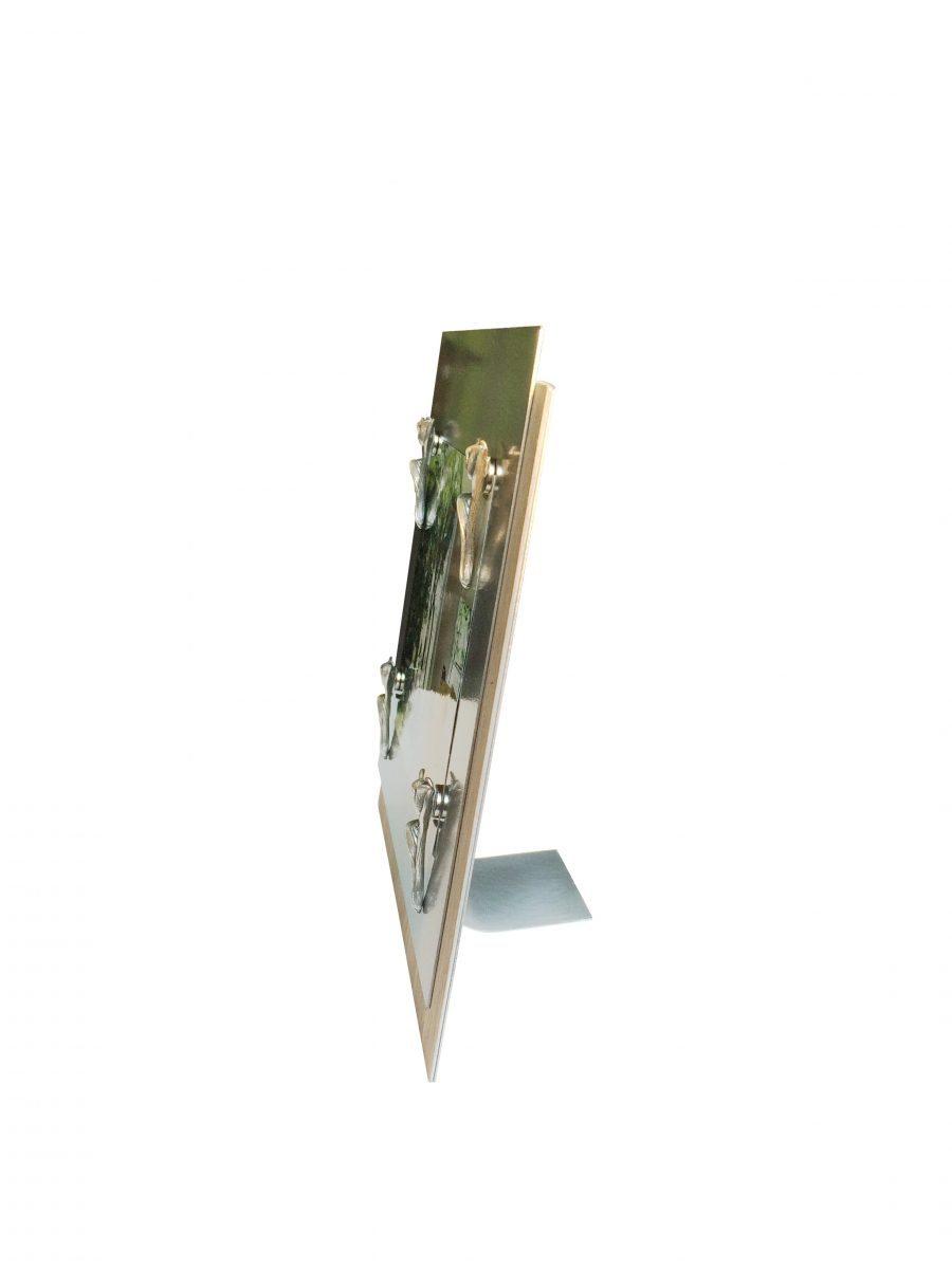 cadre de table en metal avec miroir michelle beaudoin. Black Bedroom Furniture Sets. Home Design Ideas